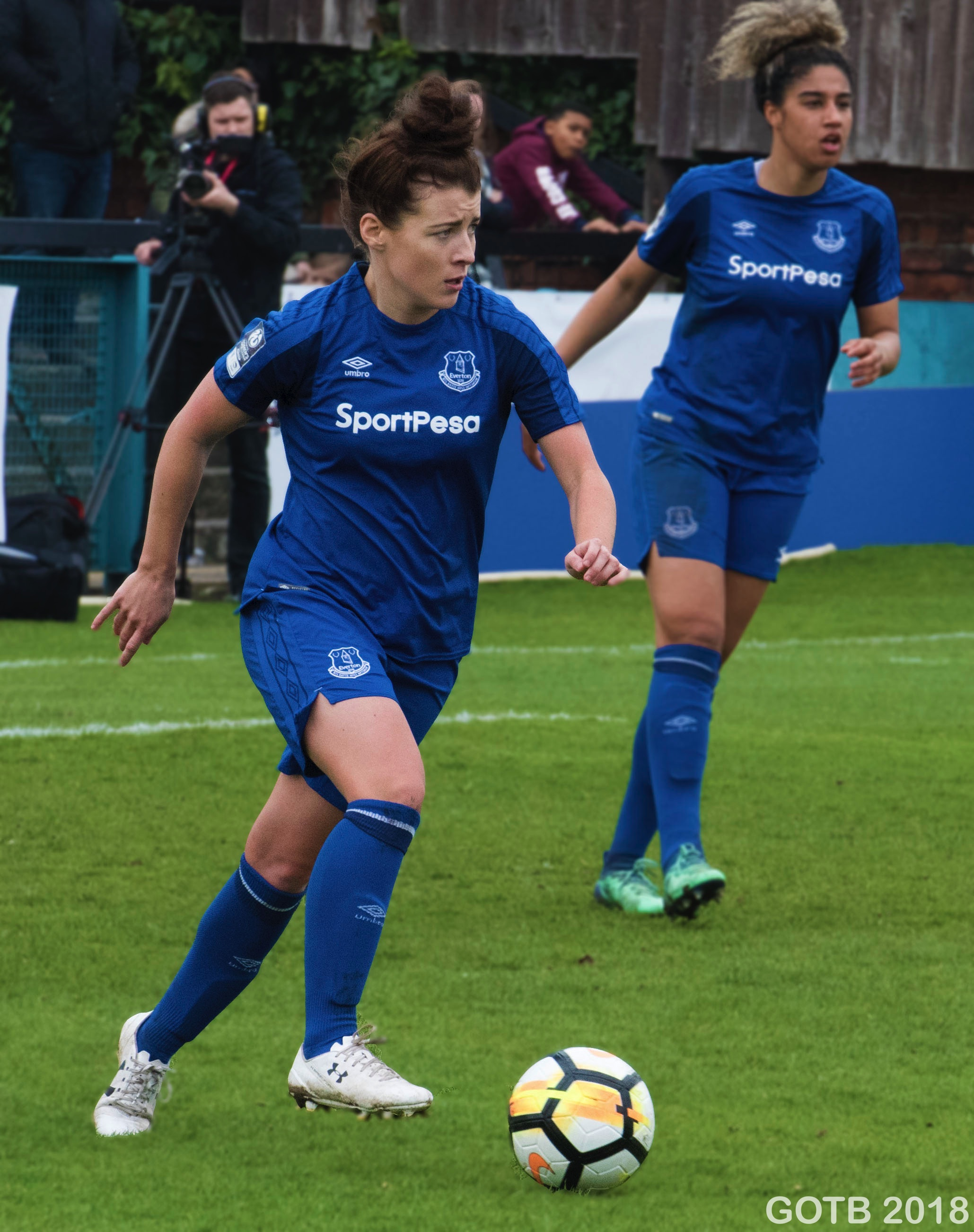 Angharad James, Everton